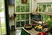 Potting Sheds / by Cheryl Cheek