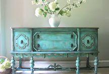 mobili / l'amore per i mobili in tutte le declinazioni