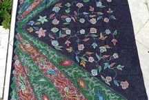 Batik motif panca warna / motif panca warna menampilkan 5 warna warni yang menawan didesain dengan perpaduan corak kontemporer