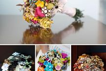 Brooch Bouquets / by Kathy Caison