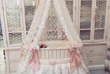 Royal Baby Crib from Angela-Lace
