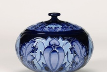 Moorkroft porcelan and Galle glass