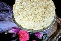 Cakes / by Dora Buchinski