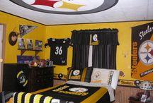 Adiels Bedroom