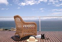 Avian Leisure / Luxury self-catering apartments in Simon's Town with magnificent views overlooking the ocean. Set in a natural fynbos garden. The owners are passionate about birds and nature.
