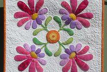Applique Blocks- Flowers / by Jimmie Hardin