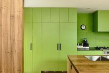 : greenery / zieleń PANTONE