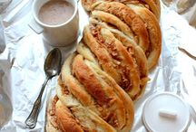 Food: Viennoiseries | Pastries and Sugary Breads / Viennoiseries | Pastries and sugary breads