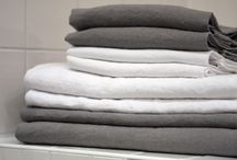 Beach & Bath towels / This washed linen collection offers  bath towels, beach towels, hand towels made with traditional finishing methods.