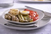Sor Lucía / Sor Lucía cocina para los espectadores de Canal Cocina platos tradicionales con ciertos guiños actuales, pero cuya originalidad está en los toques argentinos, por su origen, y libaneses, por la procedencia de su familia. / by Canal Cocina