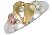 Ékszerek - Gyűrűk / Black Hills Ezüst Gyűrű gyémánttal