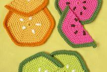 Crochet pot holders / by Kirsten Hemmingsen