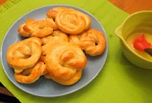 Breads, Rolls, Pretzels / Breads, rolls, pretzels, sweet rolls, dinner rolls, buns,