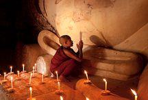 Μοναχοί και Βούδες