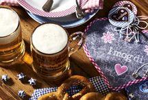 Oktoberfest / O zapf is'! Unter diesem Motto setzen sich fröhliche Farben, Karomuster und Filzdetails zusammen.