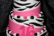 Party Cakes / by Holli Starnes