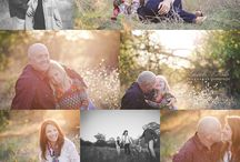 Posing guide - Family / On this board, we pin our favourite family poses, settings and anything creative that's family portrait related. These are ideas from other photo fanatics that we appreciate and become inspired by!