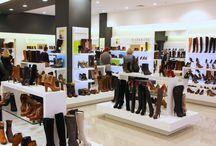 Nasze SKLEPY STACJONARNE / Zobacz jak wyglądają nasze sklepy stacjonarne w największych galeriach handlowych. Sprawdź, co mamy Ci do zaoferowania.