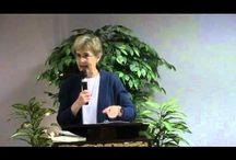 Talks @ One World Spiritual Center / Every Sunday, you will hear a new talk from one of our One World speakers or guests and a related meditation. Regular speakers include Melanie Eyre (our Spiritual Leader), Sydney Magill Lindquist (our Prayer Ministry Leader), and Jeanie Ward (3rd Sunday of every month). Tune in online or visit us in person for additional prayer, music, children's program and fellowship.