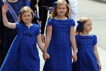 Clematis Blue: Blauw & Kids / De hippe comfortabele basic kinderkleding van NewBasics4Kids.nl in de kleur BLAUW (clematis blue). En andere leuke blauwe kinderkleding/accessoires.