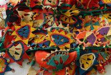 Oya / Turkish crochet that decorates around shawl