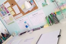 • Organized Desks • / The most beautiful and most organized desks.