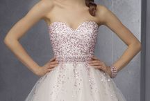 Dresses / Here is some gorgeous dresses for any age
