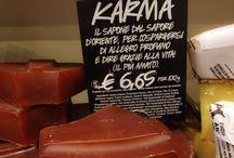 Lush Torino, Via Garibaldi / Momenti in diretta dal nostro negozio LUSH ... vi aspettiamo per viziarvi con i nostri deliziosi cosmetici freschi, fatti a mano & cruelty free! https://www.lush.it/shop/info/66/