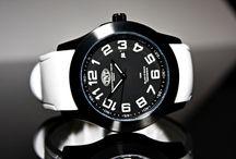 TNT - Black&White Timedesign