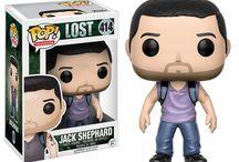 Perdidos (Lost) / Perdidos (título original Lost) es una exitosa serie de televisión  que fue emitida originalmente por la cadena ABC entre 2004 y 2010, hasta completar un total de seis temporadas.