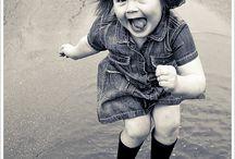 #hayqueserPOSITIVO / En mi blog http://hayqueserpositivo.com tengo el reto de hacer una reflexión positiva al día. A veces es filosófica, a veces poética, a veces macarra, a veces graciosa, a veces ridícula y de humor, a veces es una queja o un llanto o una denuncia... Pero siempre desde el optimismo, lo positivo y el aportar soluciones. ¿Te apuntas al reto?