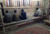 ペルシャ絨毯の作業 / 手織りペルシャ絨毯の織る事終わってから色々な作業が必要です。このボードでその作業を見る、