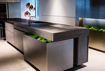 Kitchen Design Trends / See what's trending in the kitchen design world with these striking cooking spaces.