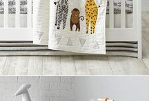 Jungle Nursery Theme / Jungle Theme Nursery Ideas For Boys and Girls! Jungle theme decor and bedding ideas for the cutest jungle nursery!