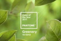 Atmosphère verte / C'est sûrement la couleur la plus présente dans la nature. Associé à juste titre au monde végétal qui est son plus digne représentant, le vert est une couleur apaisante, rafraîchissante et même tonifiante. L'avantage de cette couleur, c'est qu'elle est généralement en adéquation avec toutes les autres, particulièrement avec les couleurs qui comme elle sont issues de la nature comme le marron, l'ocre, le crème ou le taupe. #teinturetextile #teinturesideal #decoration #beautiful #todolist #vert