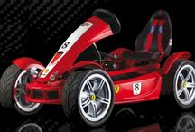 Best Go Karts For Kids, Teens And Adults / Comparison of the best pedal go-karts for kids, teens and adults by Berg toys. The Ferarri, The John Deere, The Jeep, The Safari and the Off Roader Pedal Karts reviews