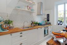 Galley kitchen / by Michelle Ratliff-Ziskind