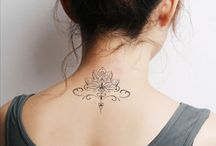 Татуировка в виде лотоса