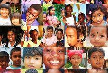 DZIECI ŚWIATA / Dzieci na świecie różnią się między sobą wszystkim: kolorem i kształtem oczu, kolorem włosów, skóry. Mają inne zainteresowania, mieszkają w rożnych strefach klimatycznych, ubierają się inaczej, mają swoje własne tradycje i zwyczaje itd... ale wszystkie są piękne. Zobaczcie !