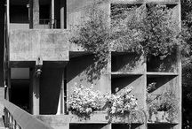 architecture_classic_modern
