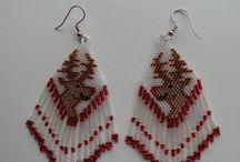 Beading Earrings Holidays / by Debbie Misuraca