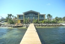 Sound Front Homes / These great homes are located directly on the Santa Rosa Sound.