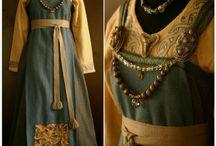 Viking Garb / Beautiful old norse (viking, varangian, finnish & baltic) dresses