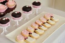 Decorate a Cookie / by Pink Kitchen Studio