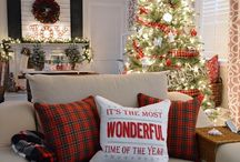 Holiday Home Decor / 'Tis the season! Bring the feeling of the holidays into your home with this decor inspiration. Happy holidays!