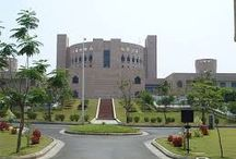 Colleges in India / Find information on colleges in India and contact details.