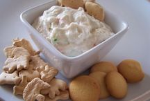 Food Ideas - Dip Stuff / by Jessie Roberts Delbridge
