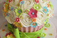 óriás cupcake torták