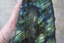 Edelsteine und Mineralien / Besondere Steine