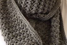 Crochet: Scarves / by Tracy Bye
